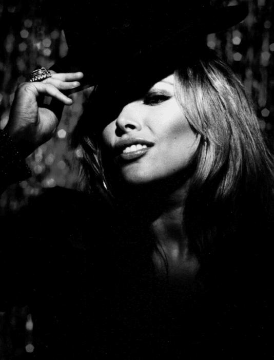 Yana Chupenko - copyright Tim Carter